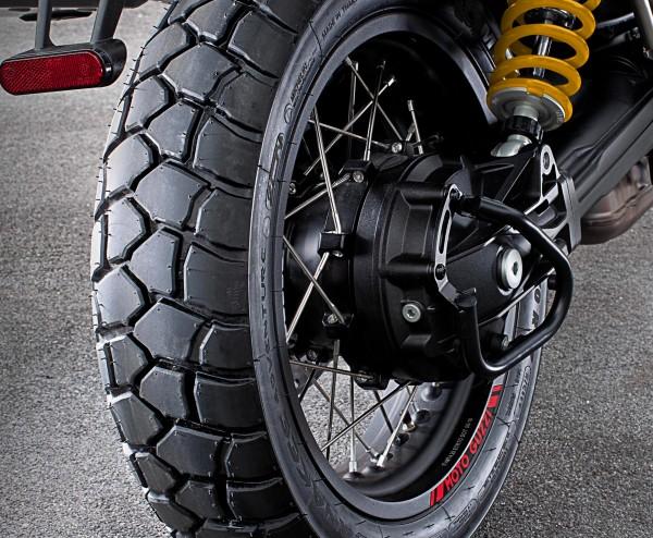 Barra protezione cardano, nera V85 TT originale Moto Guzzi