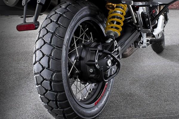 Pneumatico posteriore Sport Adventure Michelin Moto Guzzi V85 TT